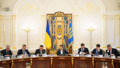 Photo of РНБО наклала санкції на 10-х людей і новий канал Медведчука