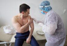 Photo of Зеленський прищепився вакциною Covishield